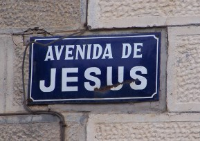 Ave of Jesus